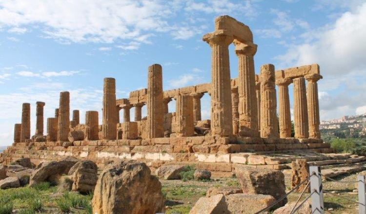 Agrigento - Temple of Juno